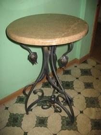 Кованый круглый стол КМ-4-7